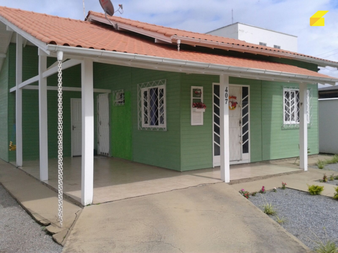 Casa Palhoça Aririú